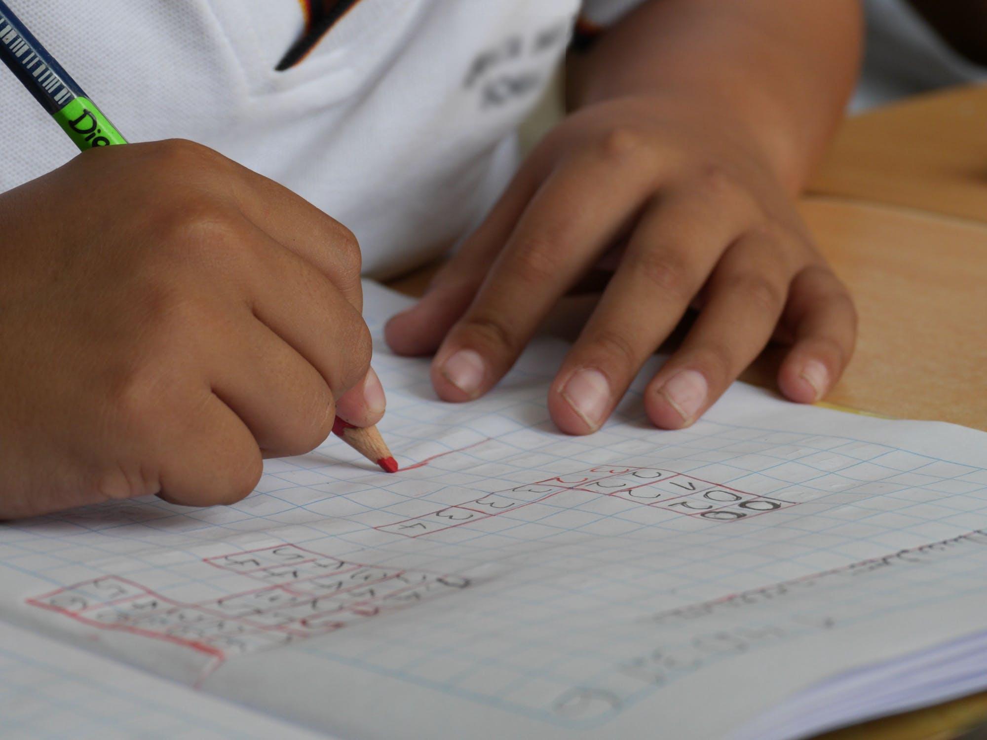 Aflarea termenului necunoscut – Matematica si explorarea mediului clasa a II-a