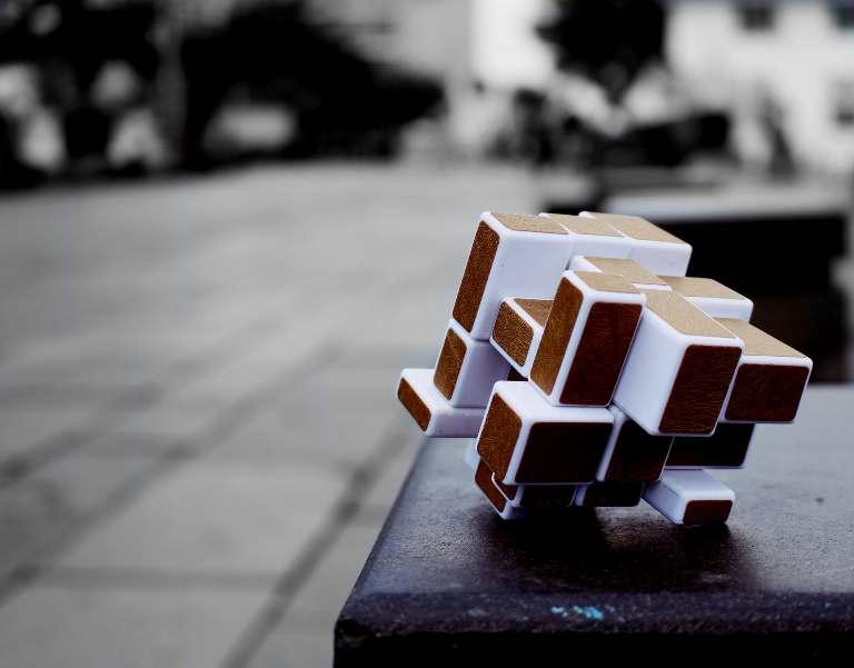 LECȚIE ONLINE: Cubul
